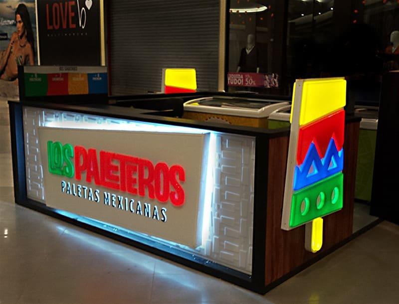 comunicação visual neon quiosque COLA design